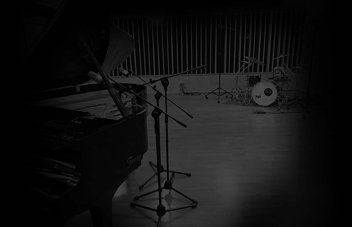 BoboStudios negozio di strumenti musicali a bari point di noleggio operativo